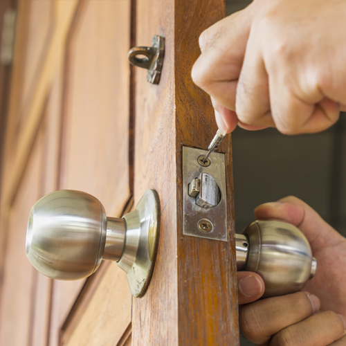 Residential Locksmith - Door key